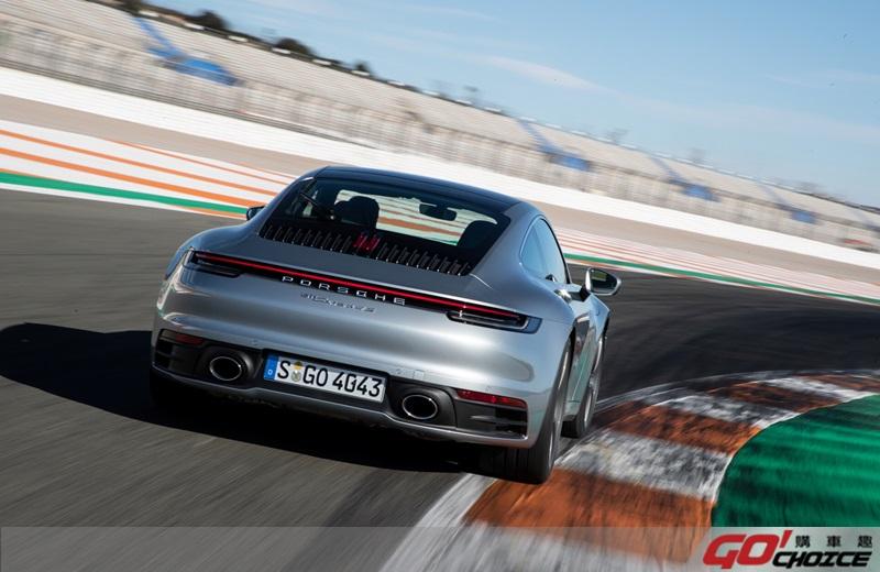 Porsche 911-8