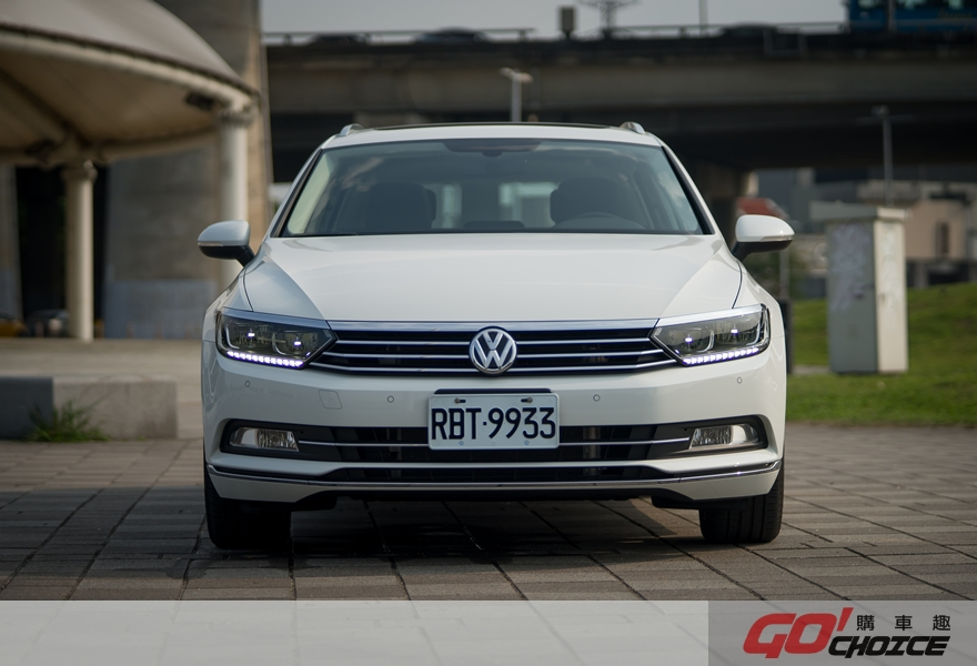 何須入凡塵 VW Passat Variant 400TDI HighLine